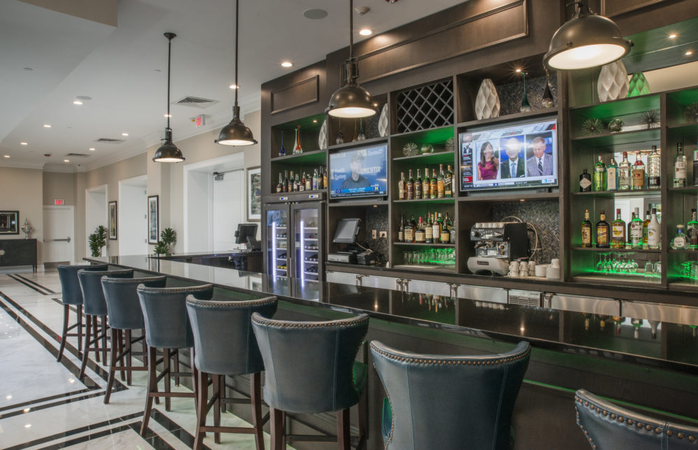Emerald Lounge and Restaurant